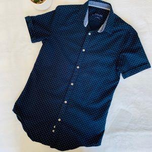 Men's Zara brand short sleeve button front shirt